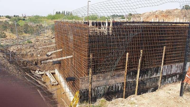 בניית מתקן קדם טיפול לרפת